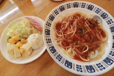 【カフェディ・ビアンコ】岡山天満屋の隣にひっそりとある懐かしさ漂う珈琲&パスタ店の700円サービスランチを食べてみた。