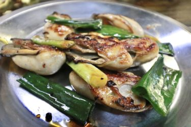 【お好み焼き もりした】4通りの味の変化を楽しめる日生の人気カキオコ店!プリプリな牡蠣の鉄板焼きと一緒に贅沢食いしてきました。