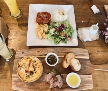 【faim de loup(ファンデル)】問屋町で美味しいキッシュランチを食べるならここで決まり!遊び心もある心地よい空間のお洒落カフェでのんびり。