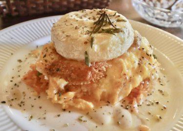 【ベルネーゼ】岡山県吉備中央町の『チーズde食べるオムライス』カマンベールチーズがドーンと乗ったチーズ好き必見!インスタ映えオムライス。