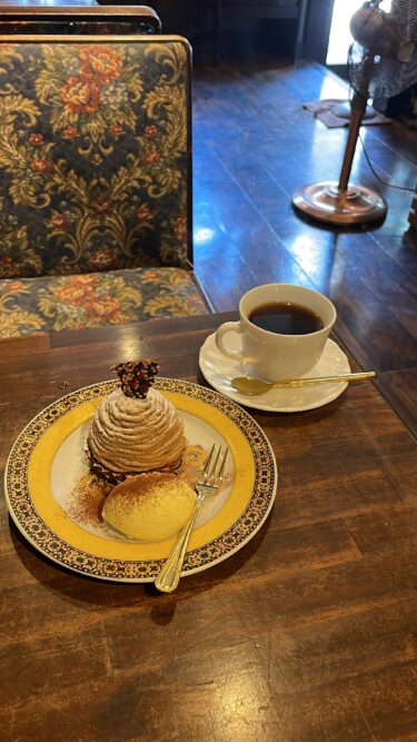 【アネックスカフェ】岡山市北区|レトロ可愛い雰囲気がたまらない喫茶店で珈琲と自家製ケーキ(季節限定モンブラン)